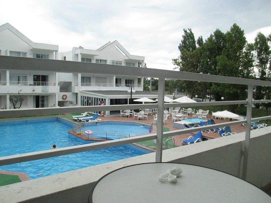 Apartments Habitat: pool