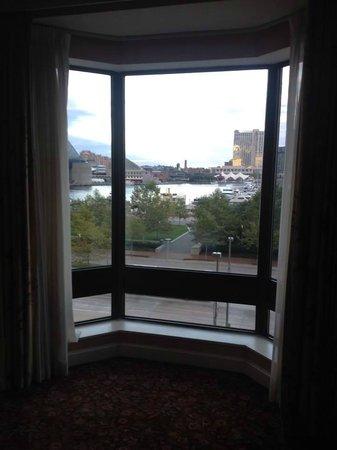 Royal Sonesta Harbor Court Baltimore : Bay window