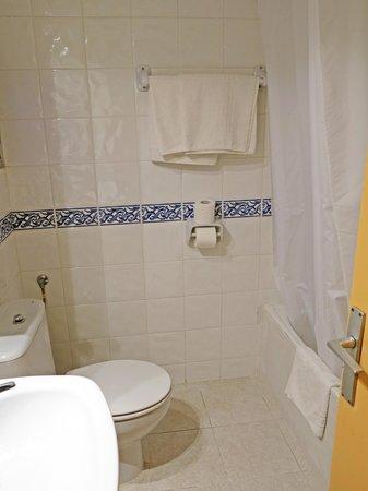Bathroom room 31 Hotel Madrid Ciutadella