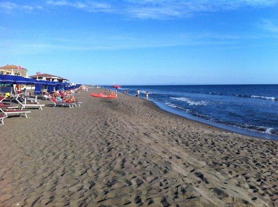 Fattoria Biologica Poggio Foco: The nearby beach