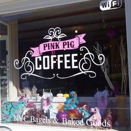 Pink Pig: getlstd_property_photo