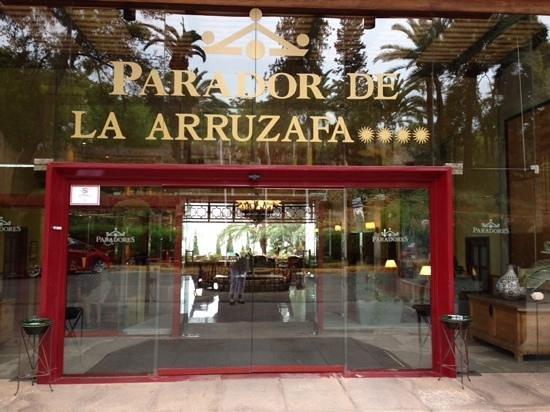 Parador de Cordoba: entrance was welcoming