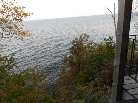 The Cliff Dweller on Lake Superior : view from room