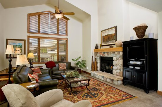 Christie Club at Steamboat Springs: Living Area