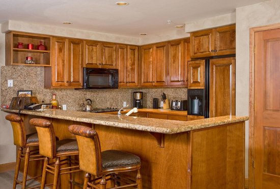 Christie Club at Steamboat Springs: Kitchen