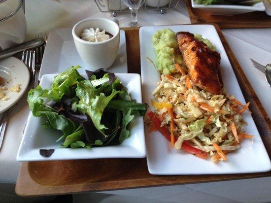 The Merion Inn : Express meal - Salmon