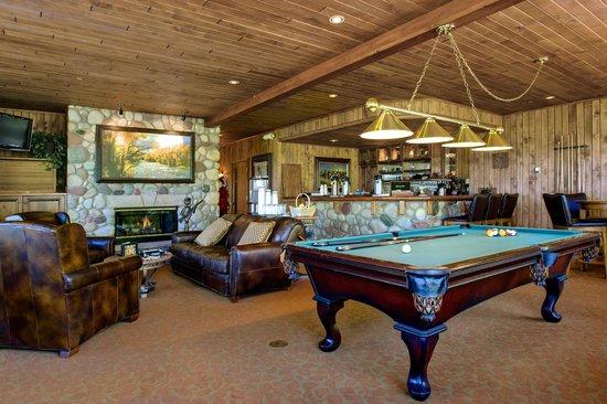 Christie Club at Steamboat Springs: Lobby & Club Room