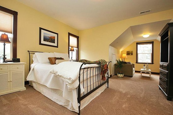 The Gateway Bed & Breakfast : San Juan Suite