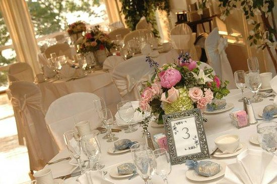 Lake Pearl Lucianou0027s West Ballroom & Victorian Tent - Picture of Lake Pearl Lucianou0027s Wrentham ...