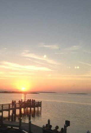 Sugar Creek Seafood Restaurant : August sunset<3