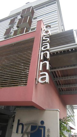 Hotel Rosanna: main door
