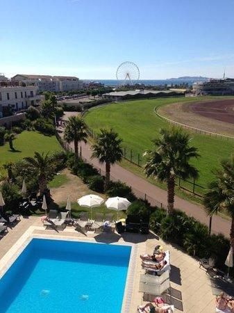 Golden Tulip Villa Massalia: vue balcon suite 308