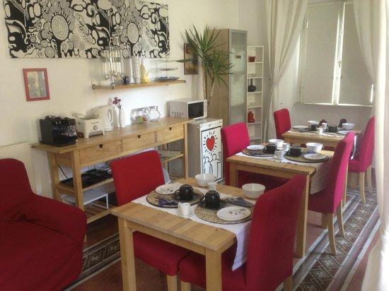 Little Heaven in Rome B&B : sala colazione