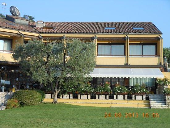 Poiano Resort Hotel: Terrasse zum geniessen