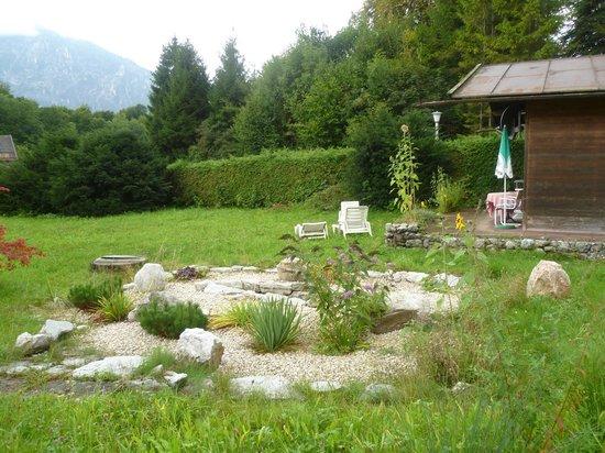 Pension Quellenhof-Peter: Im Garten