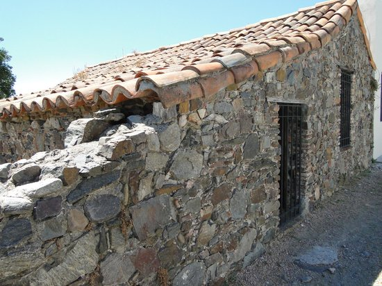 Museo de Azulejos: Tiled roof and rustic stonework