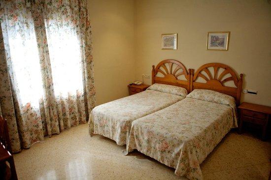 Hotel Jardí: Dos camas estandard