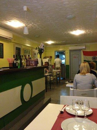 Swagatam Bar-Restaurant Hindu: Ett budgethak med god mat