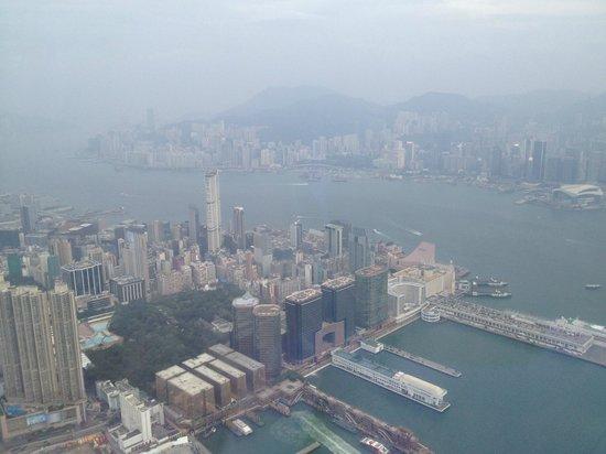 โรงแรมเดอะริทซ์คาร์ตัน ฮ่องกง: Room with a view