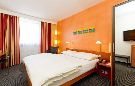 Metropol Hotel Basel: Comfort room