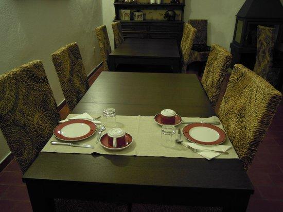 Casa da Meada: Mesa lista para el desayuno