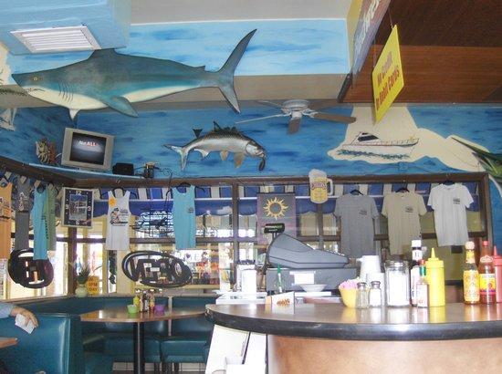 Marina Restaurant: inside