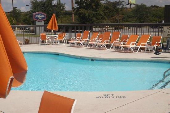 Quality Inn Roanoke Rapids: Pool