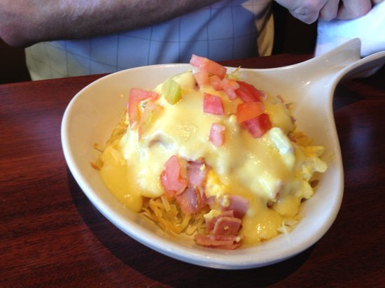 The Northern Pines Restaurant : Omelet special
