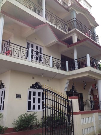 Taki, India: The Guest House