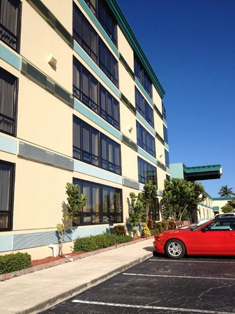 PG Waterfront Hotel & Suites: view of the buildings new paint