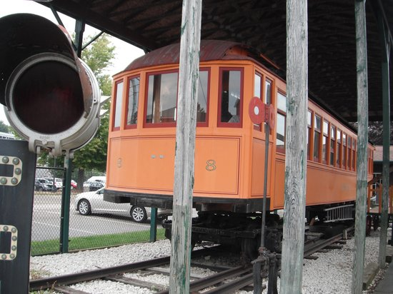 Coopersville, MI: Old interurban trolley car outside museum