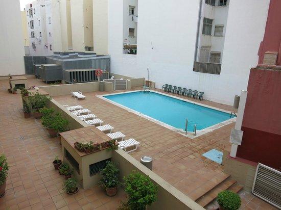AC Hotel La Linea : Pool