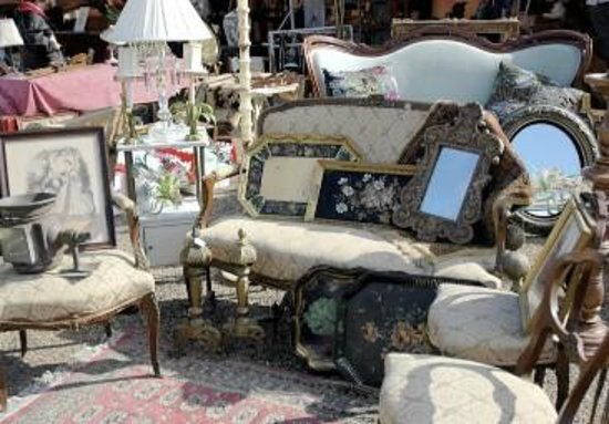 The Urban Market Houston Antique Show : Amazing bargains and treasures to be found!