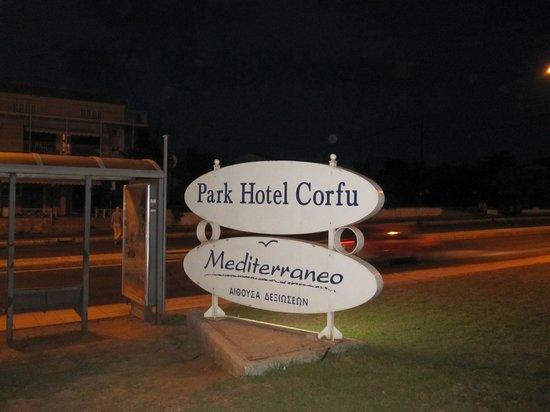 Aquis Park Hotel : Bushalte!