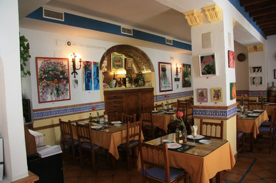 Taberna La Viuda: Salle du restaurant.