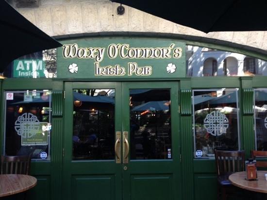 Waxy O'Connor's: patio entrance