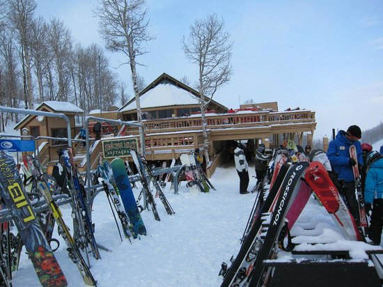 Chateau Apres Lodge: Snow Hut
