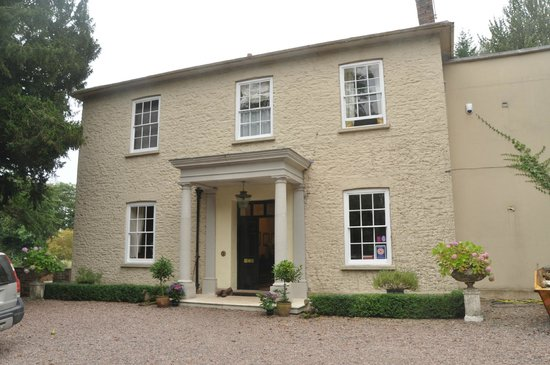 The Old Rectory Bed and Breakfast: Georgian elegance