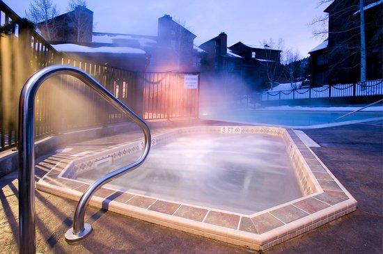 Timber Run Condominiums: Hot Tubs