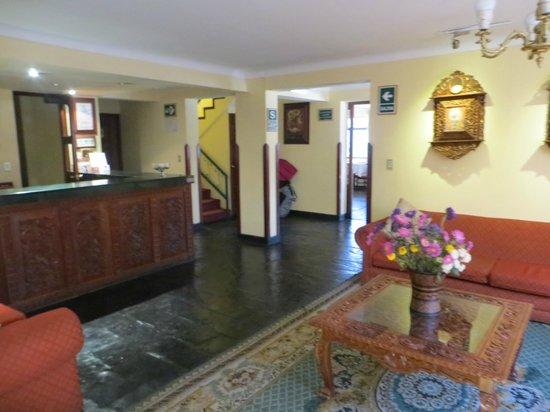 Hotel Agustos Cusco: recepción