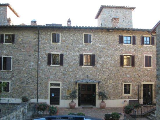 Villa San Filippo Resort: Front of the Villa