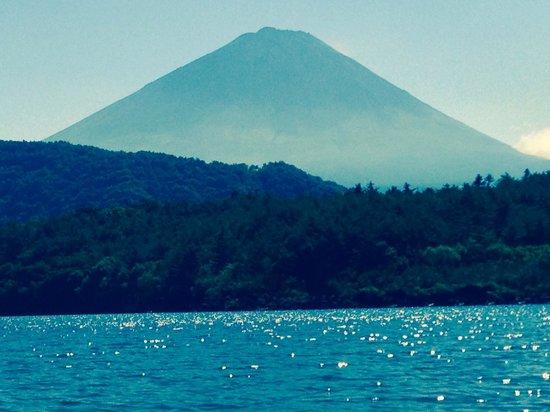 Ma maison Saiko: 西湖のボートより