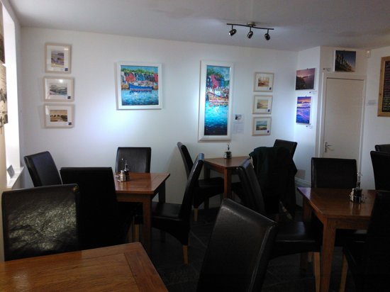 Pier Cafe Tobermory: local artists