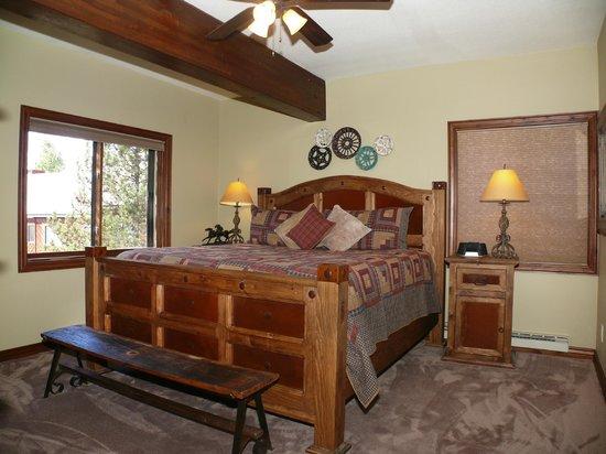 Waterford Townhomes: Bedroom