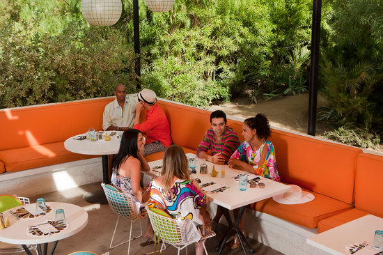 Palm Springs, CA: Dining al fresco