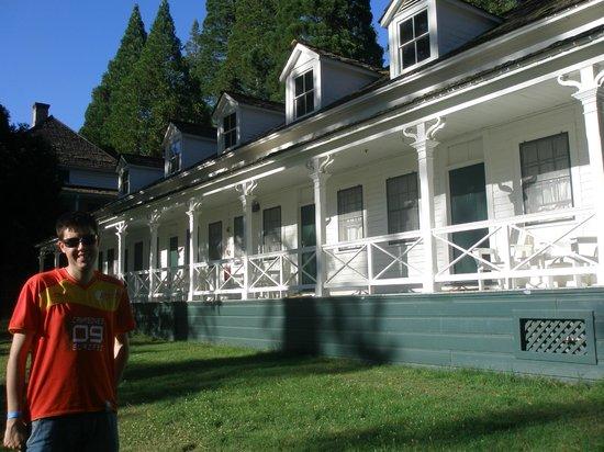 Big Trees Lodge: Edificio de nuestra habitación