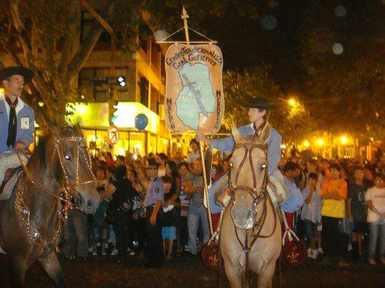 Amerian Executive Mendoza Hotel: desfile de rua