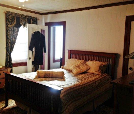 Aspen Manor Resort: Room 4