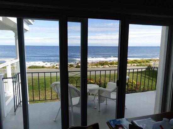 Bass Rocks Ocean Inn: view from room
