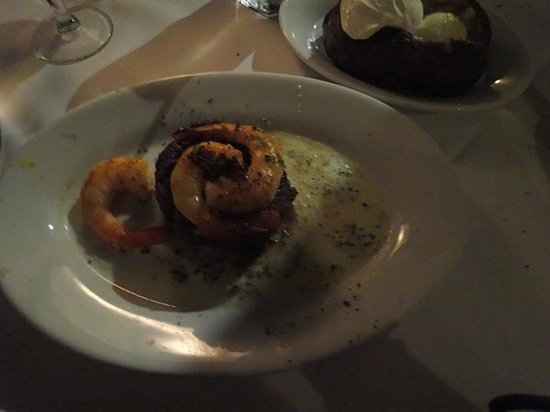 Ruth's Chris Steak House: 6oz filet w/ shrimp